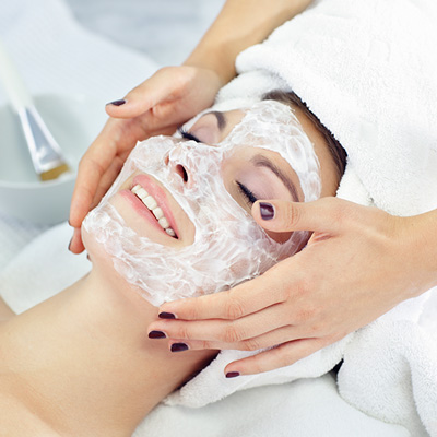 Accent on Image offers skin scanning, medical grade treatment facials & masques
