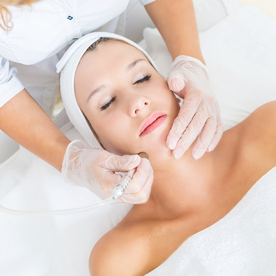 Accent on Image specialises in skin peels, needling & tightening, LED, IPL & microdermabrasion